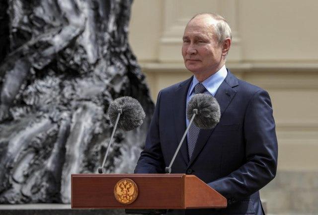 Putin: Zamislite da mi pošaljemo vojsku do vaših granica