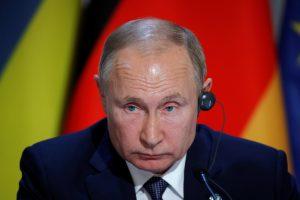 Putin kaže da raspuštanje kabineta nije ništa neobično