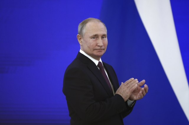 Putin otpustio 10 generala