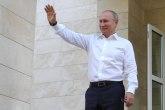 Putin pod staklenim zvonom