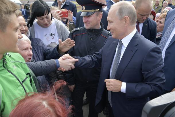 Putin smenio 15 generala!