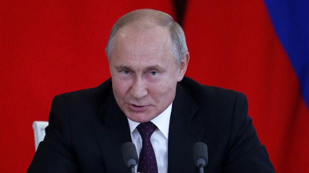 Putin smenio dva policijska generala zbog hapšenja novinara