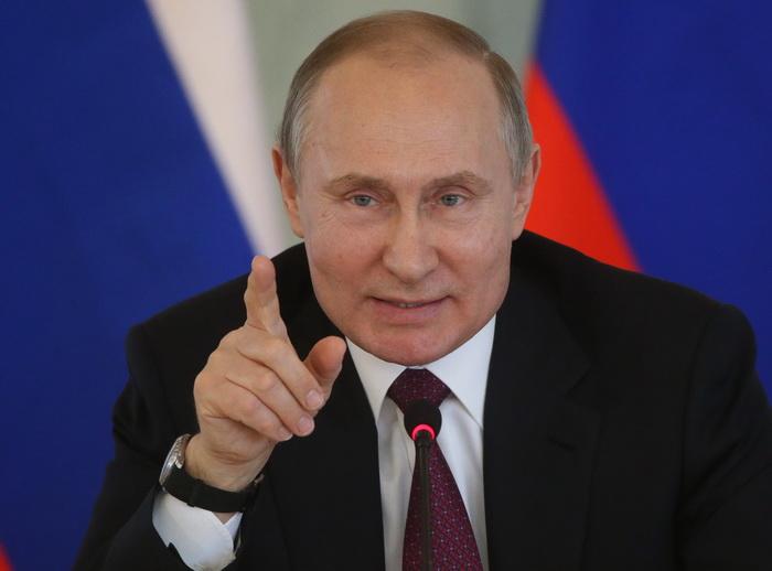 """Putin želi """"moralni"""" internet, osuđuje američke društvene mreže"""