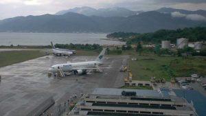 Putnici na aerodromu u Tivtu čekaju više od šest sati