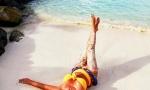 Putovanje iz snova na Maldivima: Lidija Vukićević pokazala svoje obline na peščanim plažama (FOTO)