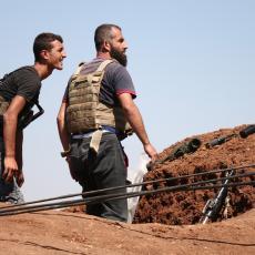 RADIKALNI ISLAMISTI UPALI U MUZEJ U CENTRU GRADA: Sve su demolirali, polupali statue, vredne mozaike, divljali po Idlibu