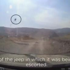 RAKETOM NA NOVINARE U NAGORNO-KARABAHU: Iz džipa snimali kako smrt leti pravo ka njima (VIDEO)