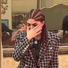 RASPADA SE OD PLAČA: Jelena Ilić se guši u suzama, a ni njoj samoj nije jasno ZAŠTO! (VIDEO)