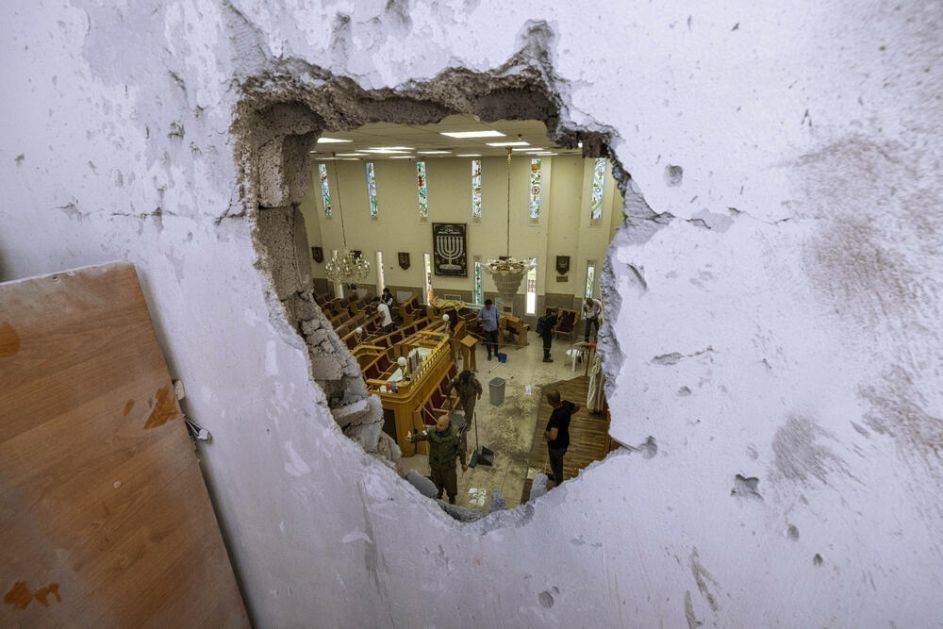 RAT NA BLISKOM ISTOKU: Sukobi Izraelaca i Palestinaca nastavljeni, broj žrtava raste