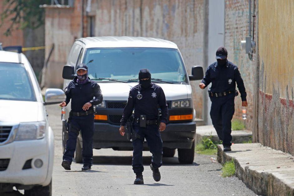 RAT NARKO BANDI NIKAD KRVAVIJI: Čak 100 ljudi DNEVNO bude likvidirano, a samo u junu u Meksiku bilo više od 3.080 ubistava!