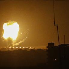 RAT SE NASTAVLJA?! Izraelski avioni večeras bombardovali Pojas Gaze, IDF otkrio povod za napad! (VIDEO)