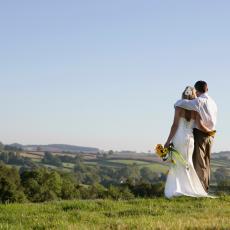 RAZVOD DAN POSLE venčanja! Poruka na Fejsbuku promenila sve: PISAO JE MOJOJ MAJCI!