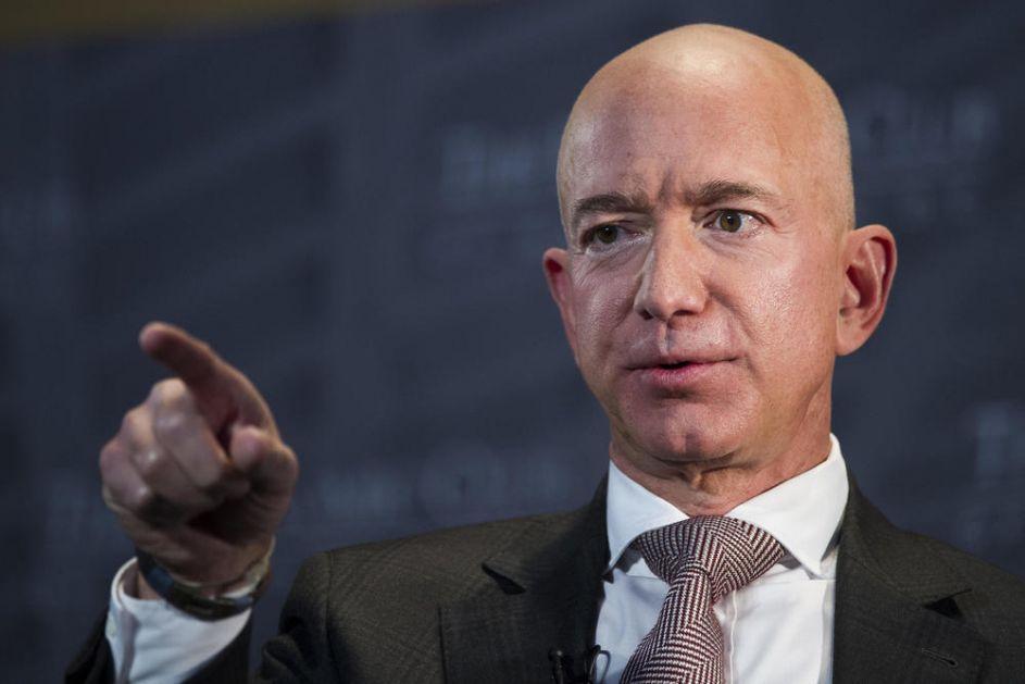REAKCIJA MILIJARDERA NA PREDLOG DA IM SE POVEĆA POREZ NEOČEKIVANA: Gejts i Bezos bi trebalo da odvoje samo 1 odsto svog bogatstva