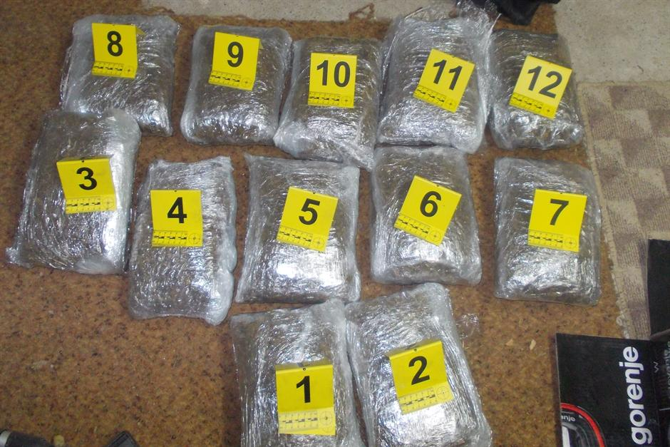REKORD: Vozio Brazilce, našli mu 342 kg marihuane