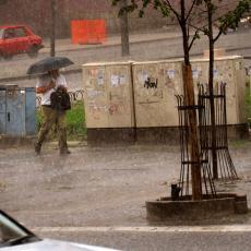 RHMZ IZDAO UPOZORENJE! Srbiju očekuju obilne padavine, a evo kada će tačno početi