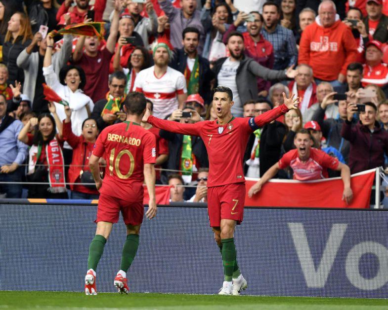 RONALDO PONIZIO DŽAKU, ŠAĆIRIJA I ŠVAJCARCE: Kristijano het-trikom odveo Portugal u finale Lige nacija