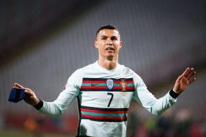 RONALDO POSTAO NAJBOLJI STRELAC U ISTORIJI EVROPSKOG PRVENSTVA: Portugal postigao tri gola u poslednjih deset minuta! (VIDEO)