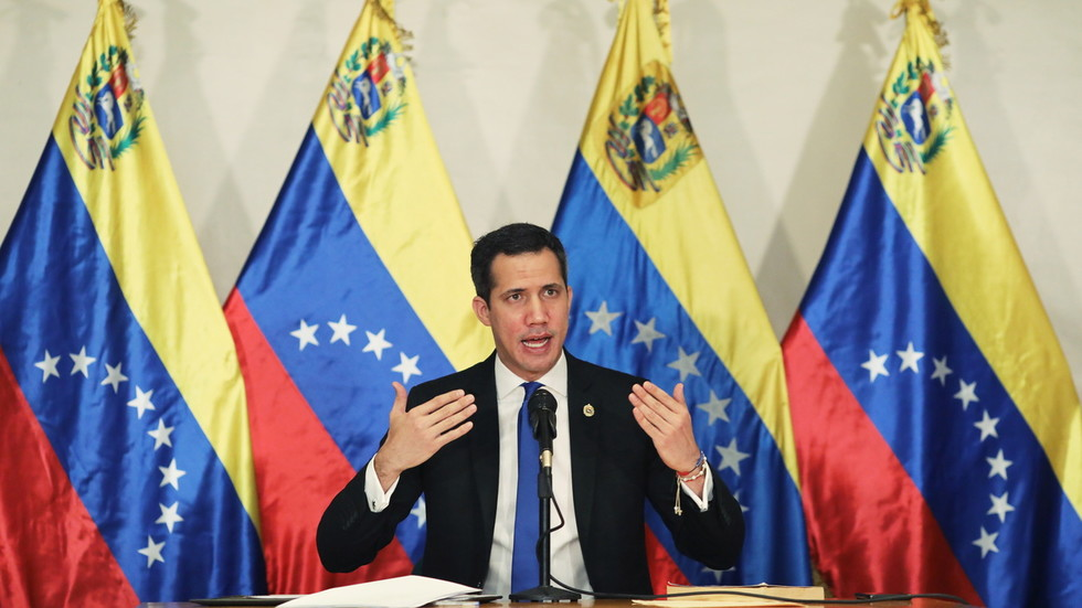 """RT: EU više ne priznaje Gvaida za """"privremenog predsednika"""" Venecuele, dok će Bajden obnoviti podršku SAD-a"""