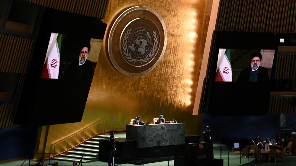 RT: Hegemonija SAD bedno propala, a sankcije su zločin protiv čovečnosti - iranski predsednik u oštrom obraćanju u UN-u