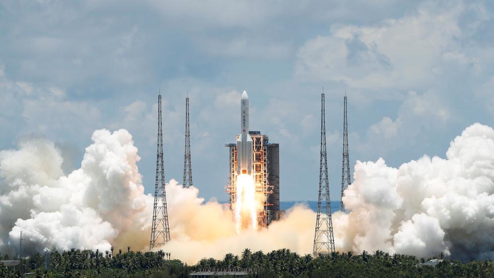 RT: Kina uspešno pokrenula svoju prvu misiju istraživanja Marsa