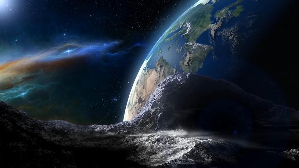 RT: Potencijalno opasan asteroid veličine Velike piramide proleće pored Zemlje
