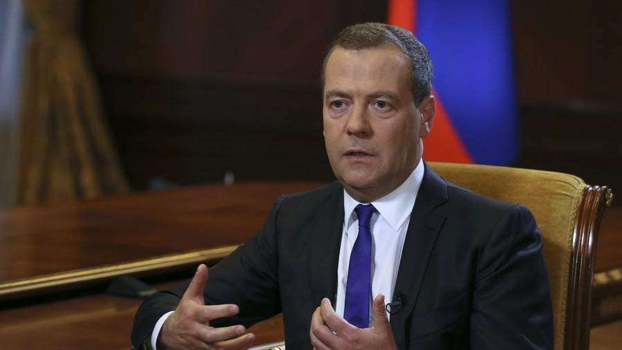 RT: Rusija će dalje sankcije SAD tretirati kao otvorenu objavu ekonomskog rata - Medvedev