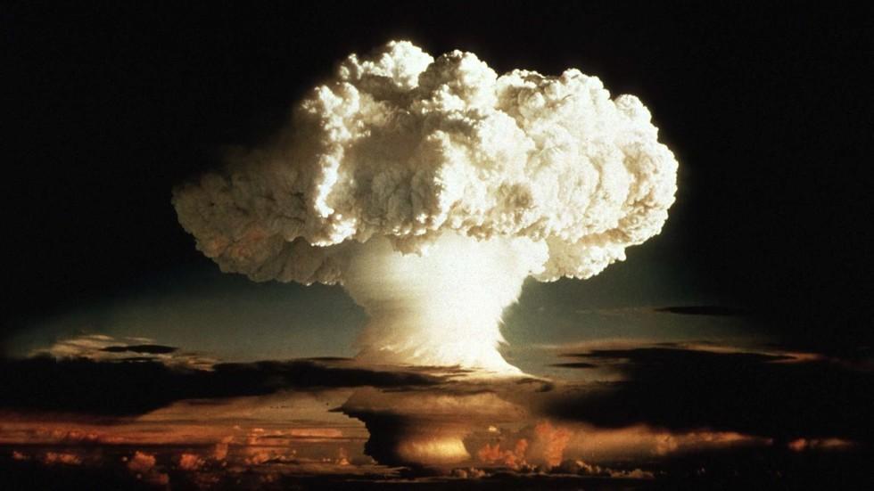 """RT: SAD bi mogle da izvedu nuklearno testiranje u roku od """"nekoliko meseci"""" ako Tramp naredi"""