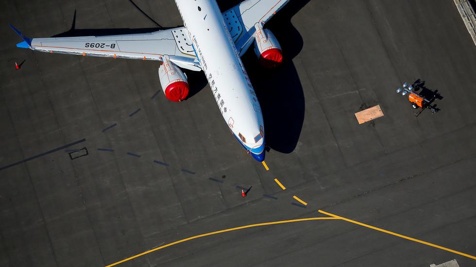 RT: SAD saopštile da će blokirati sve letove kineskih kompanija kao odgovor na spor oko avio-saobraćaja