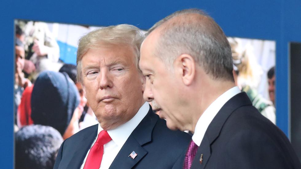 """RT: Tramp zapretio da će uvesti """"snažne sankcije"""" Turskoj"""