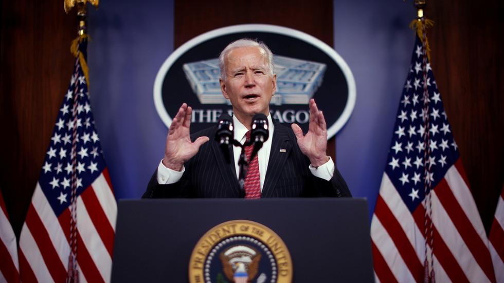"""RT: U američkom napadu u Siriji po Bajdenovom naređenju uništeno """"više objekata milicije koju podržava Iran"""" - Pentagon"""