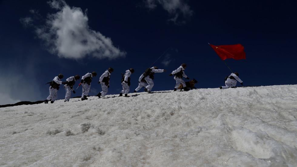 """RT: Vašington gura SAD i Kinu na """"ivicu novog Hladnog rata"""", upozorava Peking"""