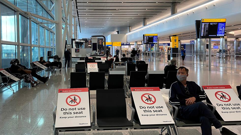RT: Velika Britanija će uvesti karantin za sve putnike koji dolaze, ali ne i Francuze