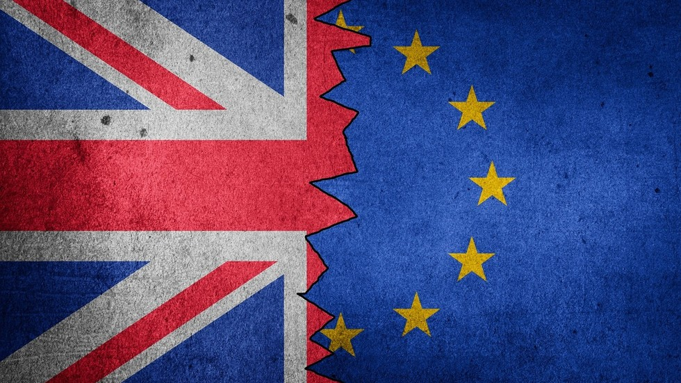 RT: Velika Britanija rizikuje da pokrene diplomatski spor nakon što je odbila da zvaničniku EU dodeli puni diplomatski status