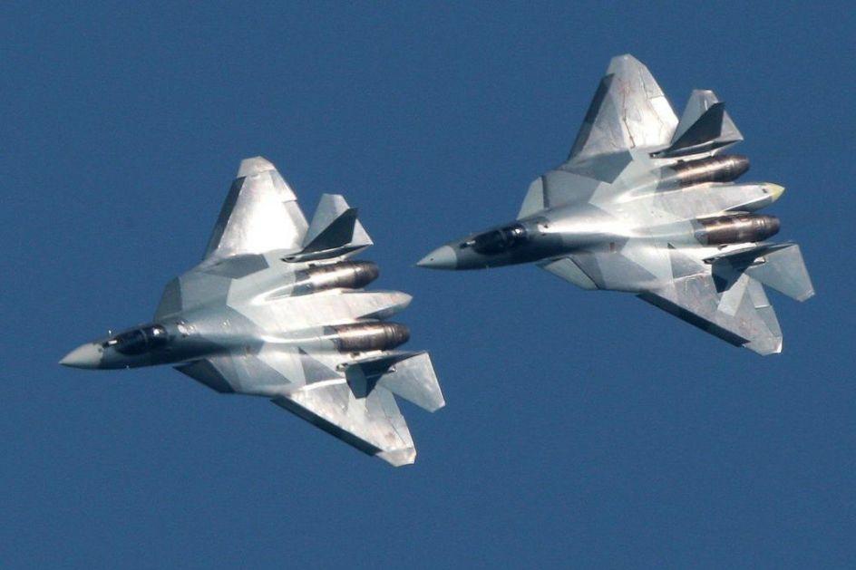 RUSI AKTIRIVAJU SVOJE ČUDO OD AVIONA: Vojna avijacija dobija prvi avion pete generacije MADE IN RUSIJA! POGLEDAJTE OVU MOĆNU MAŠINU (VIDEO)