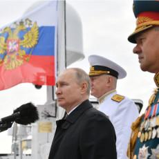 RUSI KAD NAPRAVE, MORA BITI BOLJŠOJ: Porinuta grdosija od broda, imaće poseban zadatak, Putin sve lično nadgledao (VIDEO)