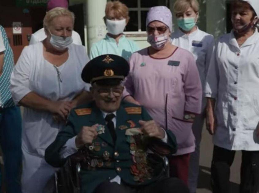 RUSKI VETERAN U 102. GODINI POBEDIO SMRT: Prvi put kada su nacisti napali SSSR, a sada koronu! Kosmonauti ga naučili da diše VIDEO