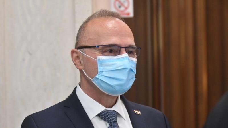 Radman: Hrvatska izdvojila 10.000 vakcina za Kosovo