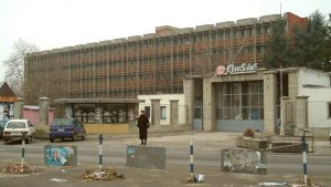 Radnici u Krušiku strahuju šta će biti sa fabrikom posle izbora