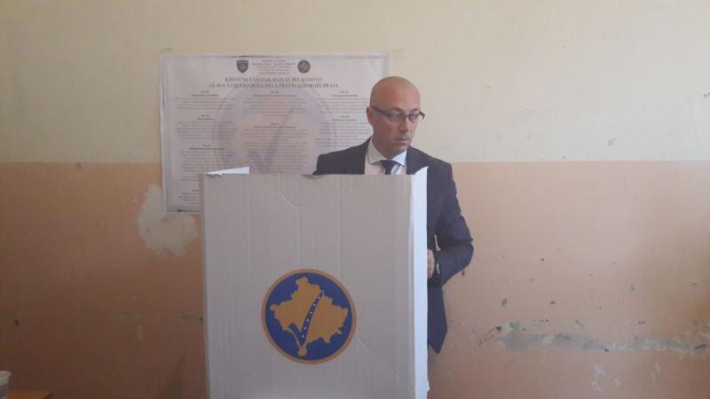 Rakić najvljuje mogući izlazak Srba iz institucija na Kosovu