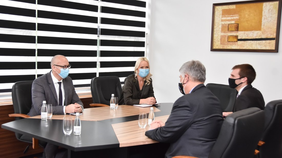 Rakić sa Kosnetom: Zabrinutost zbog učestalih napada na Srbe