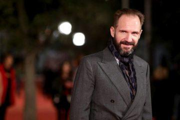 Ralf Fajns SVRATIO U BEOGRAD: Poznati glumac snima film o Pupinu