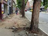 """Raskopani trotoari u Voždovoj, pa radovi stali zbog """"problema za izvođačem"""""""
