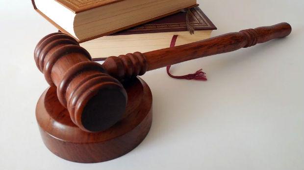 Rasprava po tužbi Trifunovića protiv Glišića