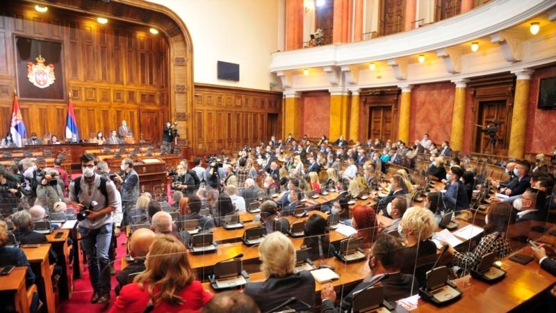 Rasprava u Skupštini Srbije: Zašto Tužilaštvo šuti na ruganje žrtvama  logora