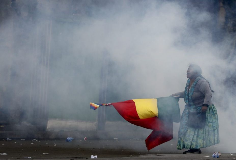 Raste broj stradalih u Boliviji: Demonstracije se nastavljaju, Morales i dalje popularan u ruralnim oblastima