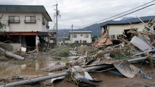 Raste broj žrtava tajfuna  hagibis – izlile se reke, 60.000 domova bez struje