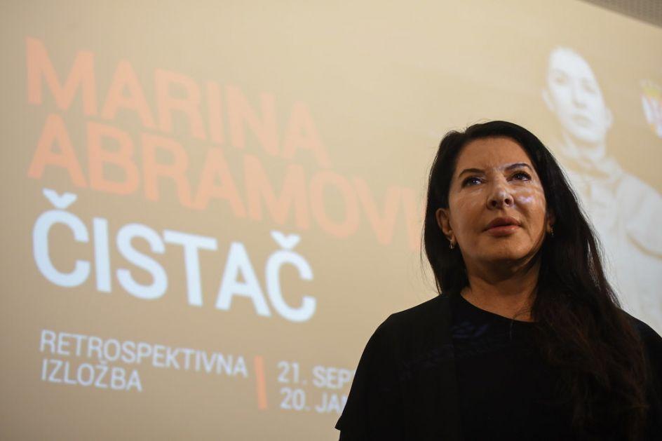 Razgovor o izložbi Marine Abramović: Zašto struka ćuti?