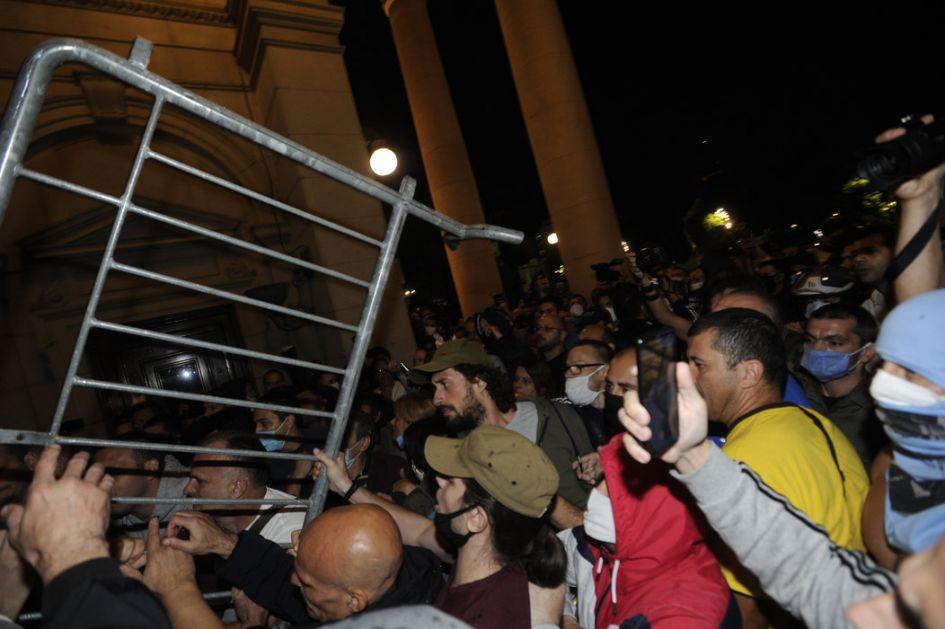 Reakcije na protest u Beogradu - od osuda do poziva na razgovor i smirivanje