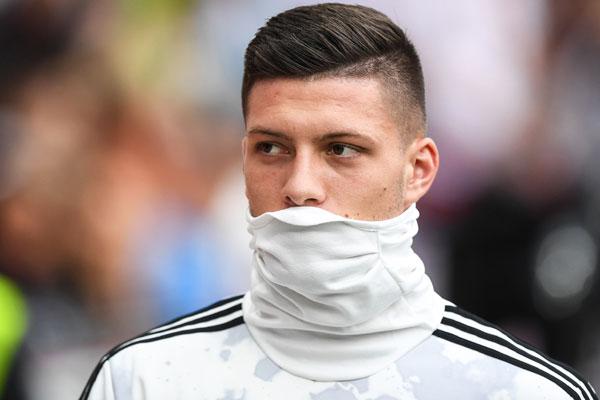 Real i Juventus zagrizli, problem za Jovića već u januaru?