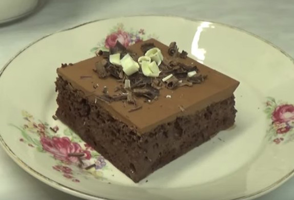 Recept za čokoladno Tri leće! Ljubitelji čokolade ga obožavaju! (VIDEO)